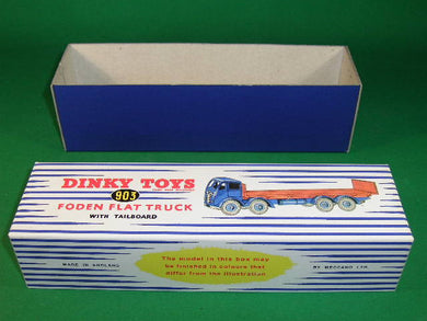 Dinky Toys #903 Foden Flat Truck with Tailboard 2nd cab -stripes.