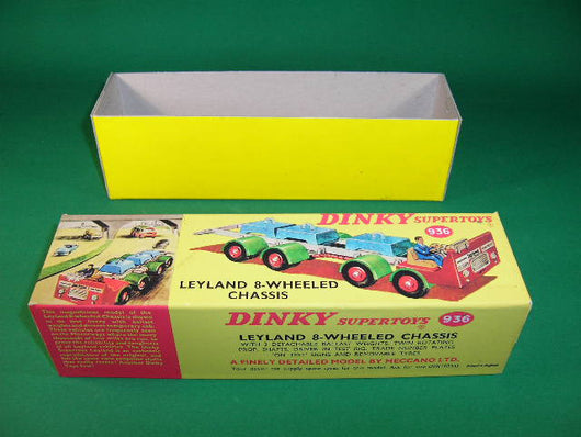 Dinky Toys #936 Leyland 8-Wheel Test Chassis.