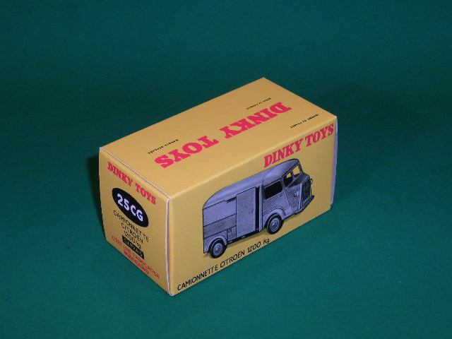 French Dinky Toys #561 (#25CG) Camionnette Citroen 1200Kg.