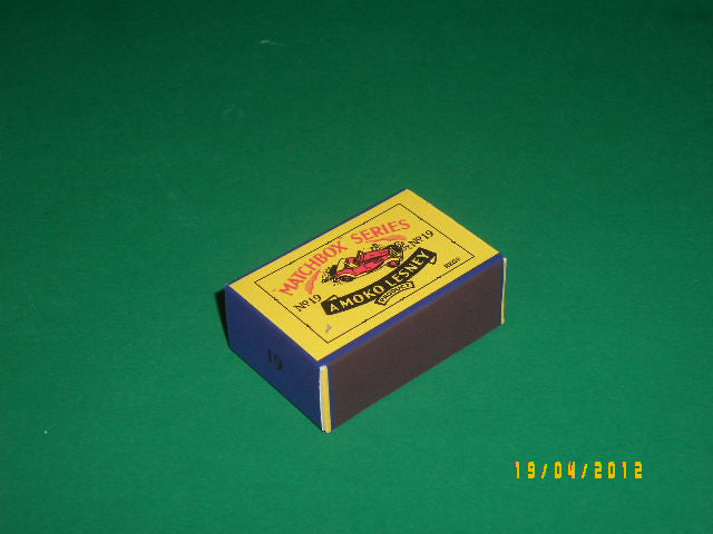 Matchbox 1-75 Regular Wheels #19a M.G. Midget 'TD' Sports Car.