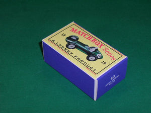 Matchbox 1-75 Regular Wheels #19c Aston Martin Racer.