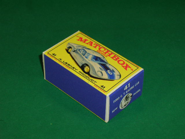 Matchbox 1-75 Regular Wheels #41c Ford GT Racing Car.