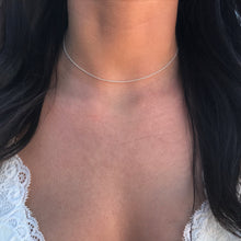 ultra-thin cable choker