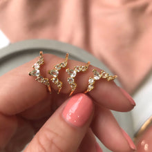 ANGELS ARC RING | GOLD