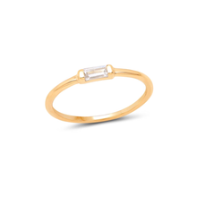 TINY BAGUETTE RING | GOLD