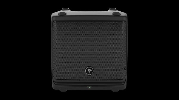 "Mackie DLM8 2000W 8"" Powered Loudspeaker"