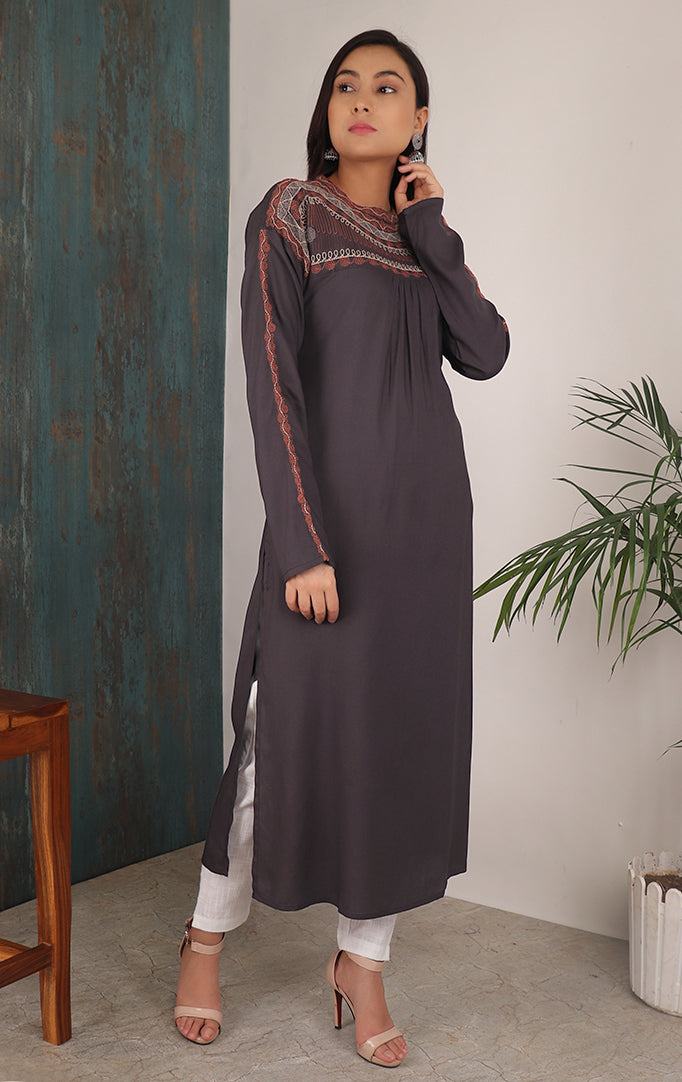 Classy Embroidered Solid Kurti