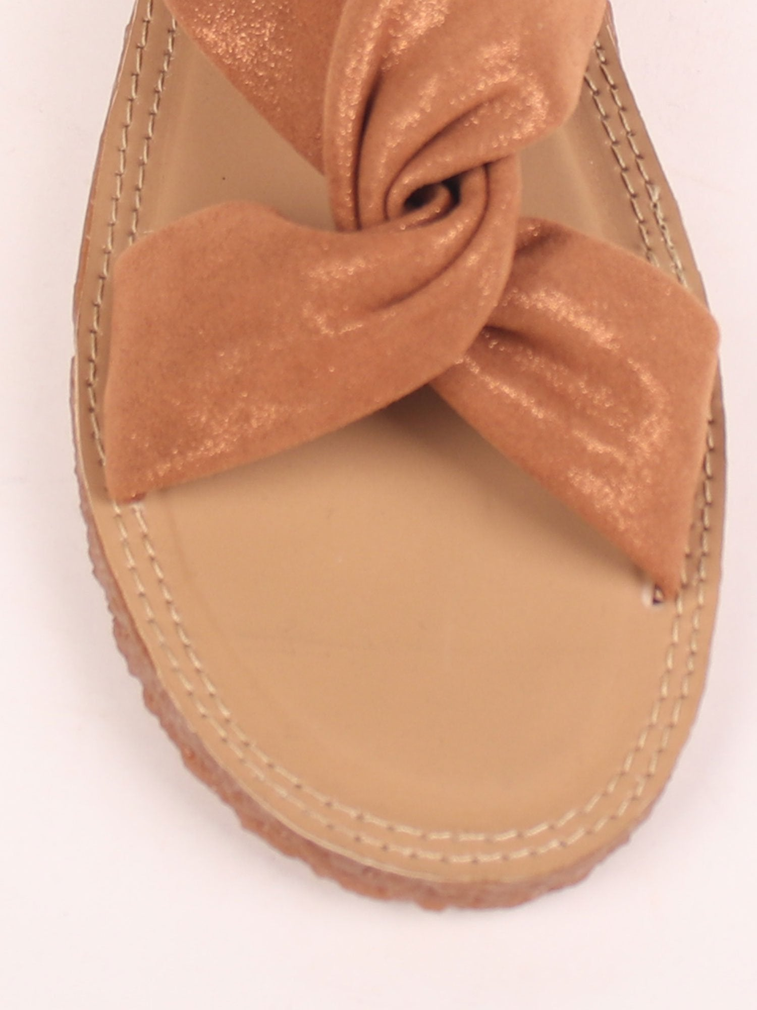 LOVE ME KNOT FLATS IN SHIMMERY GOLDEN
