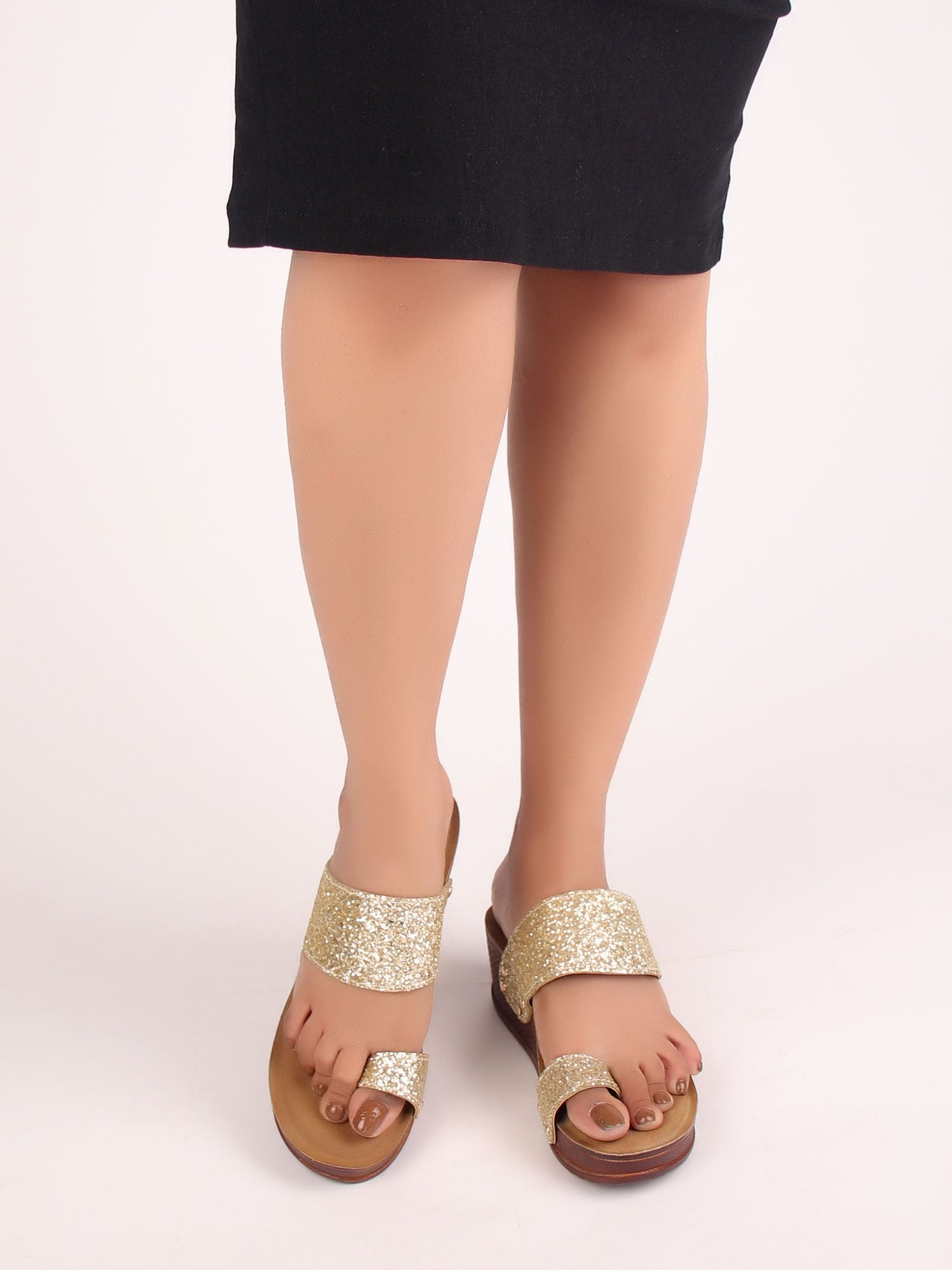 SEQUIN STUDDED WEDGES IN GOLDEN HUE
