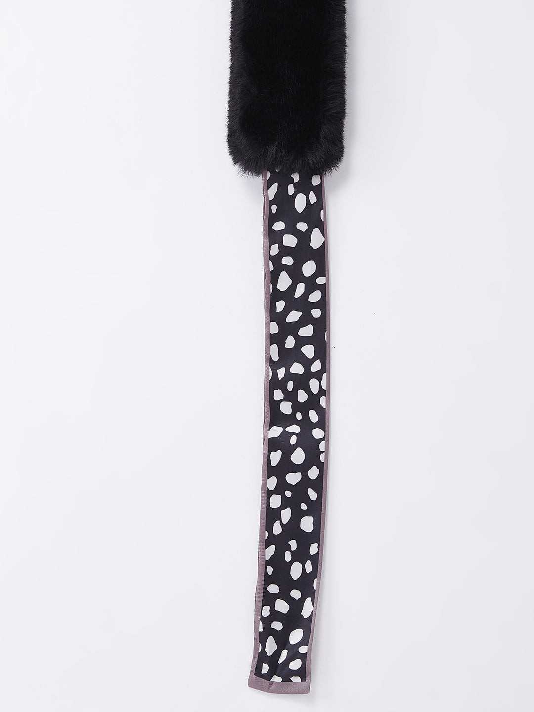 Fur Neckpiece Black