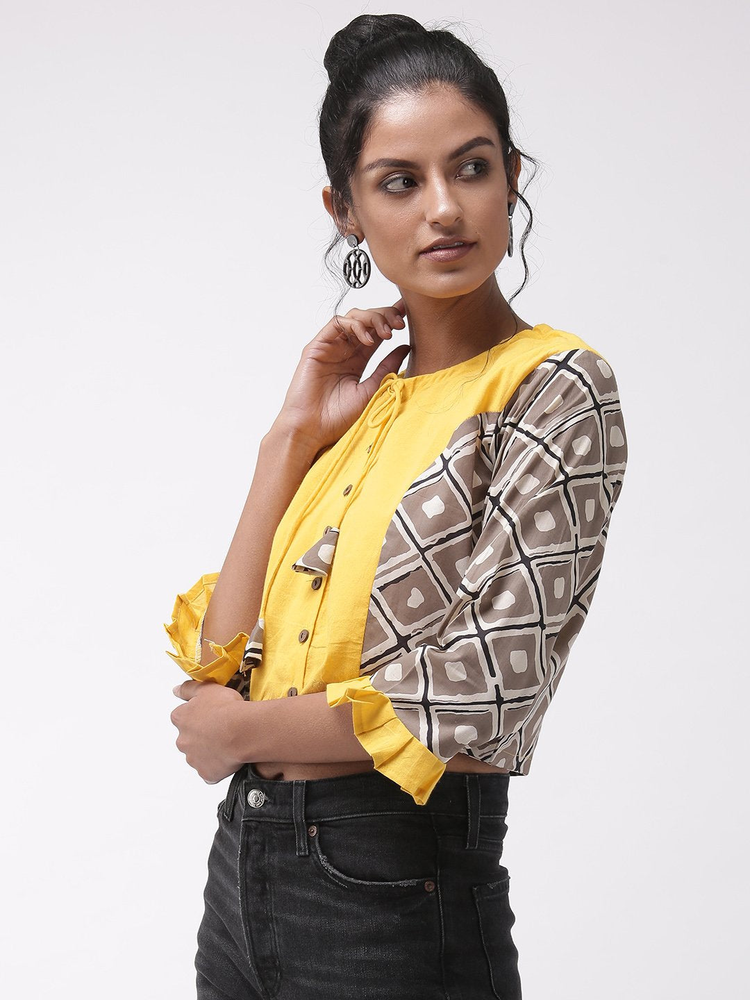 Crop Top Yellow Printed Sleeve
