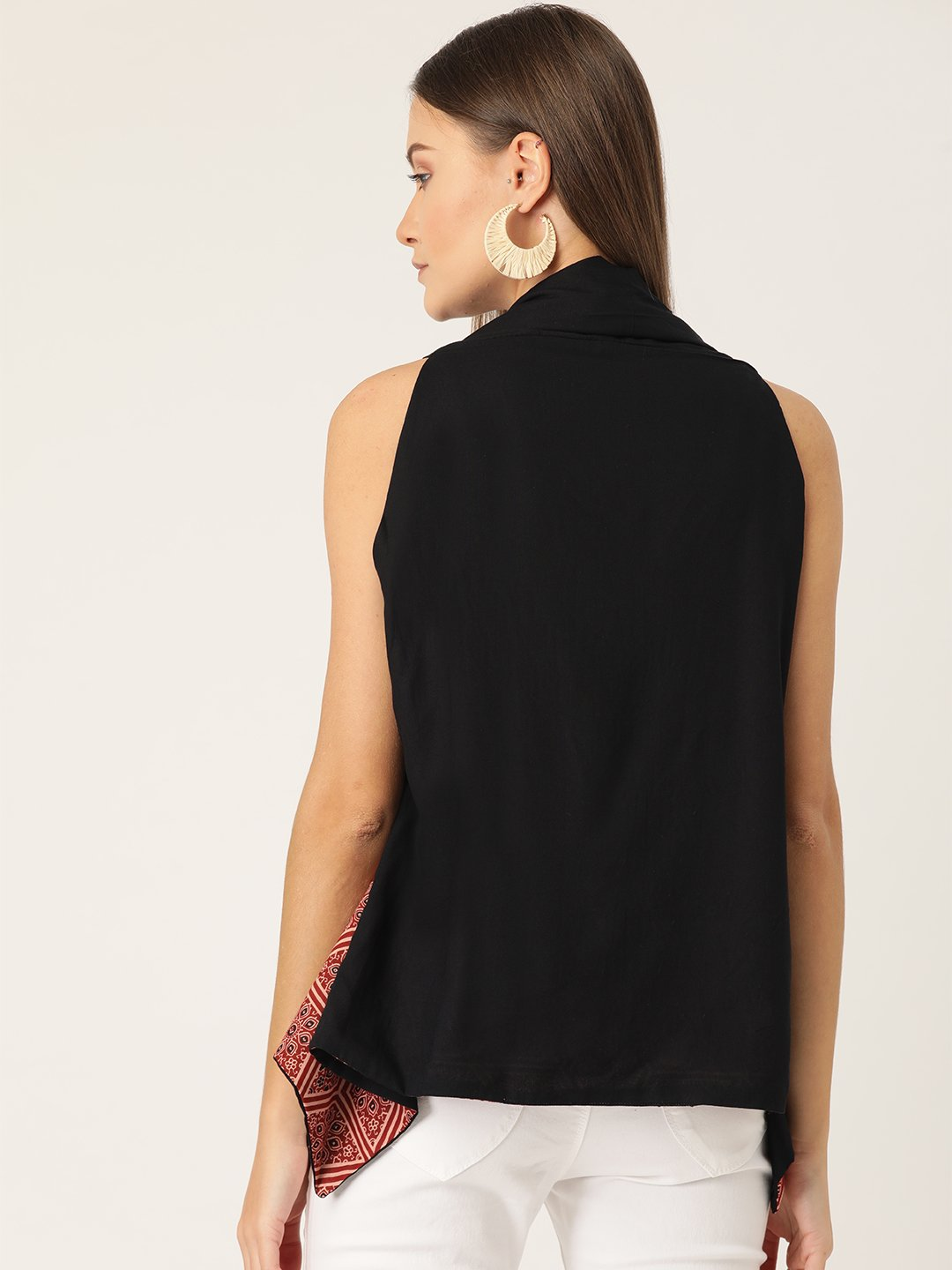 Reversible Shrug In Rust & Black Colour