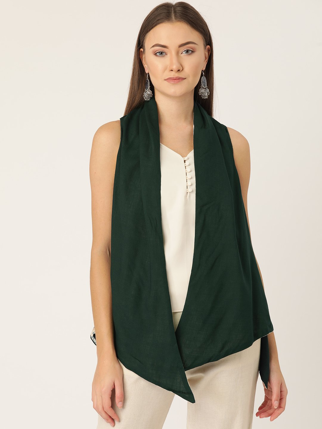 Reversible Shrug In Off White Ikkat Print & Green