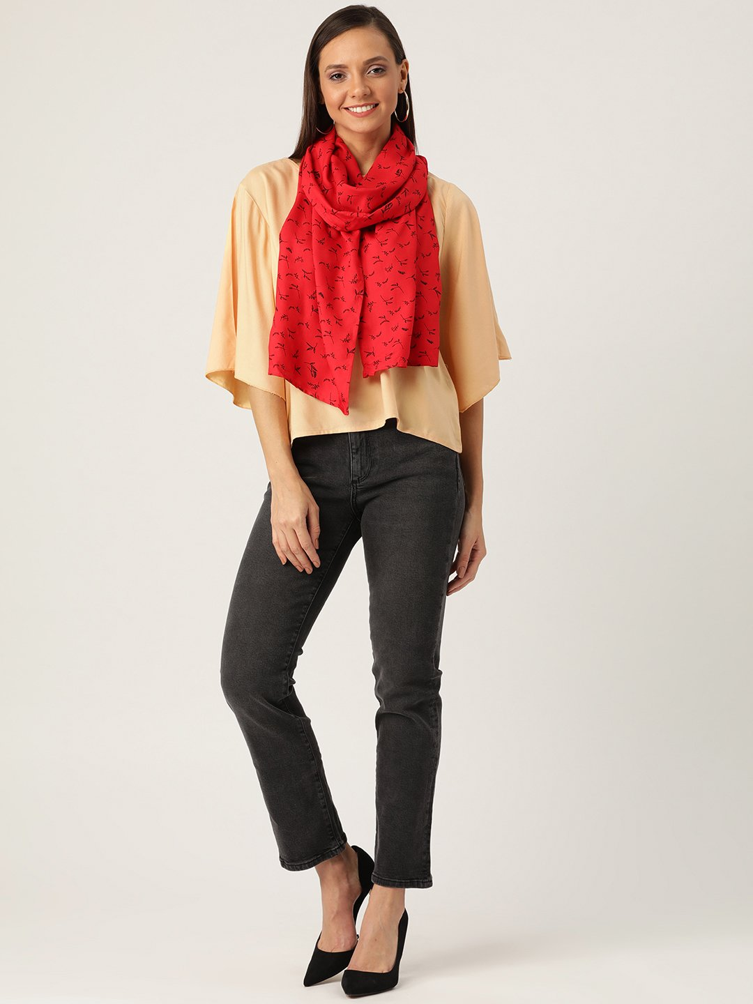Beige Top With Red Stole