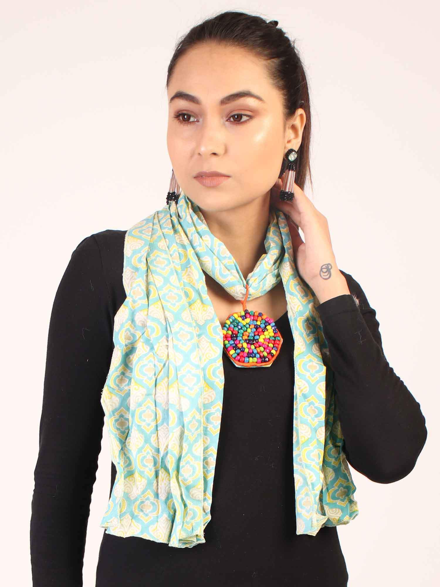 Green Traditional Stole Neckpiece