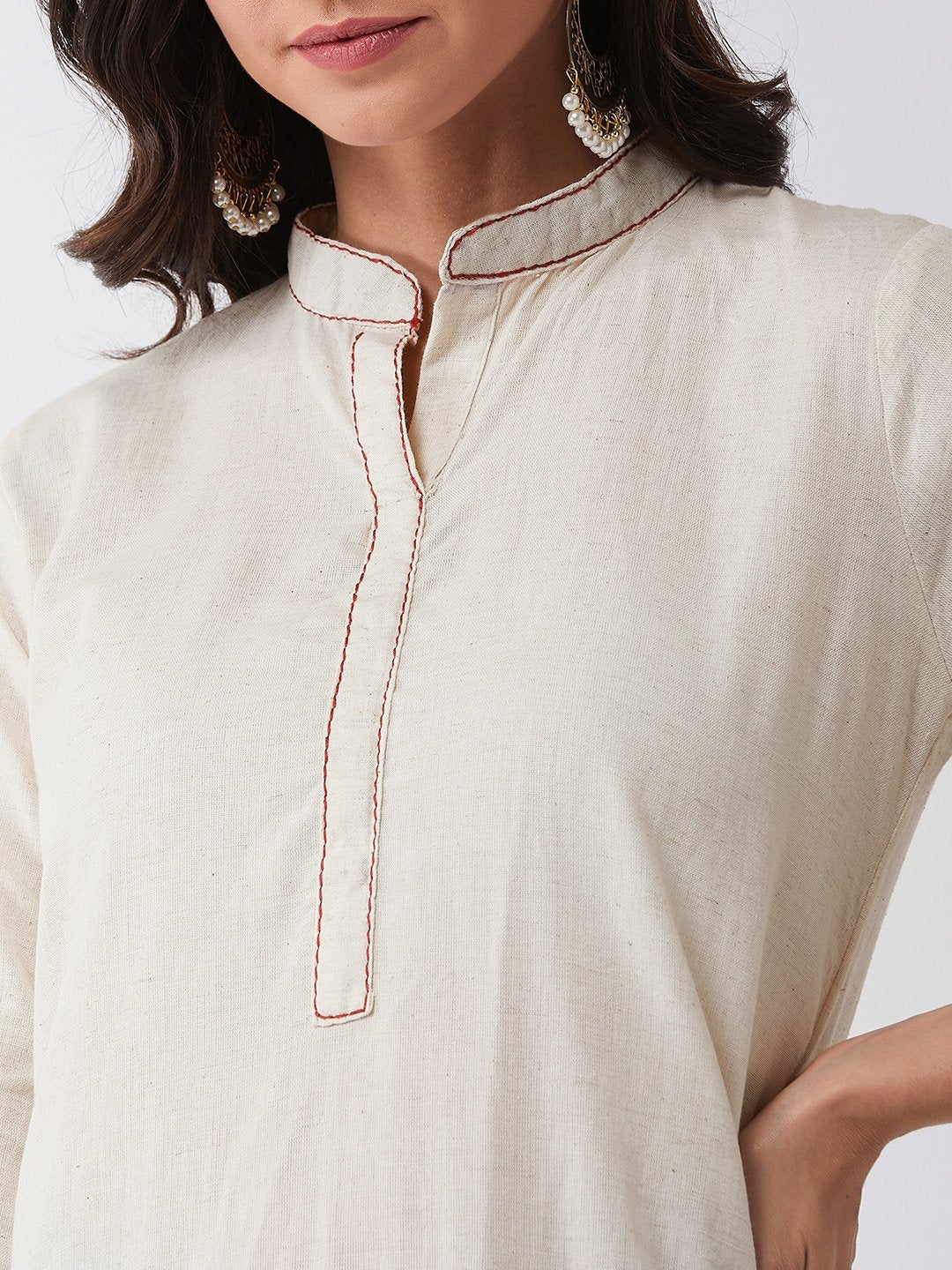 Off White Kurta Set With Maroon Kantha Work