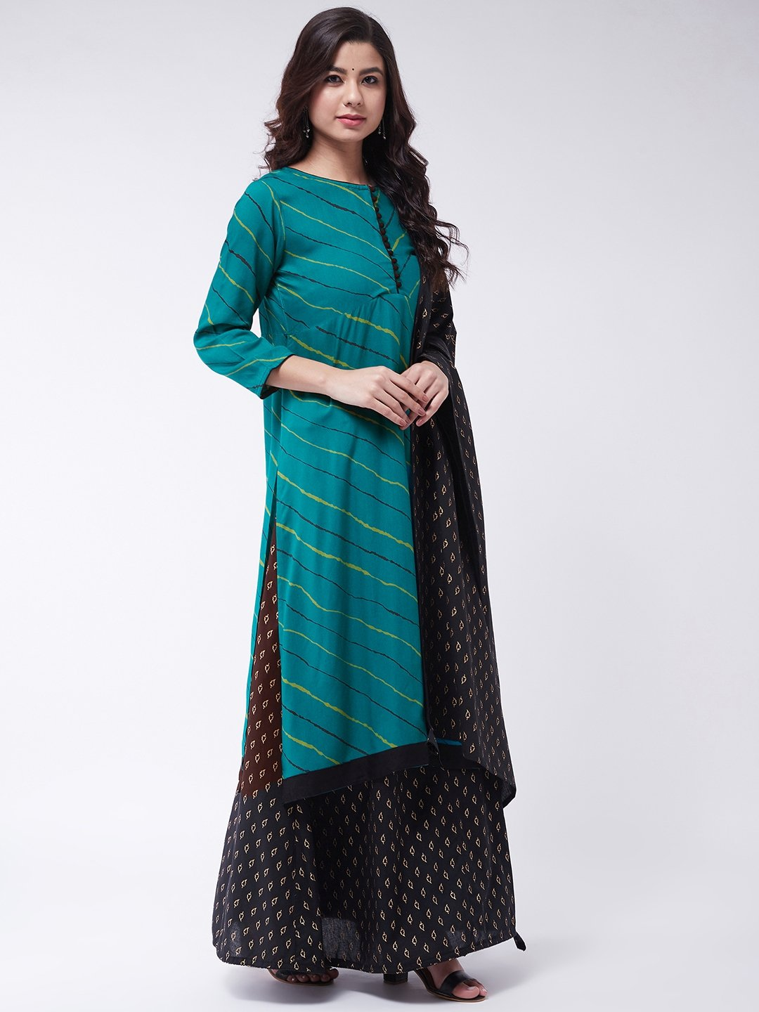 Green Lehriya Skirt Set With Dupatta
