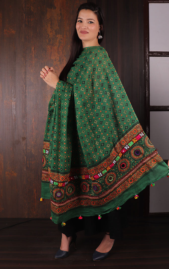 Green Bandhani dupatta with Mirror & Thread Work