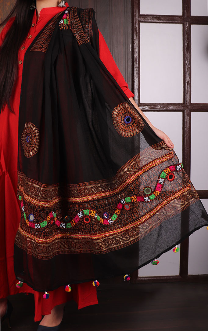 Black Blockprint Dupatta with Thread & Mirror Work
