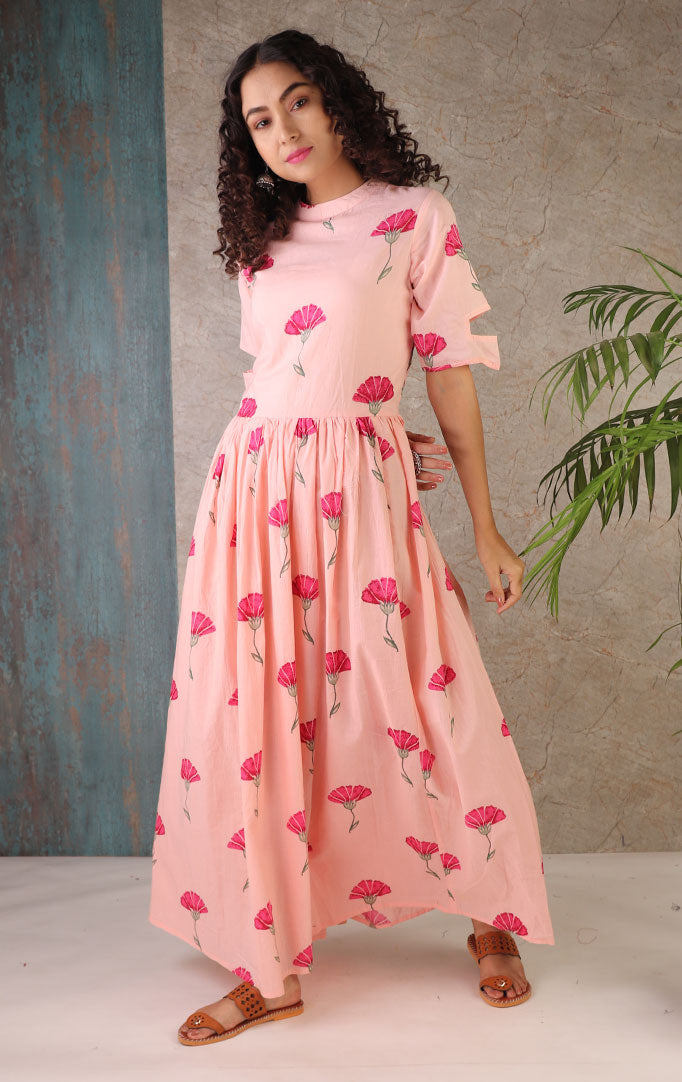 Darling Daisy Maxi Dress In Blush Pink