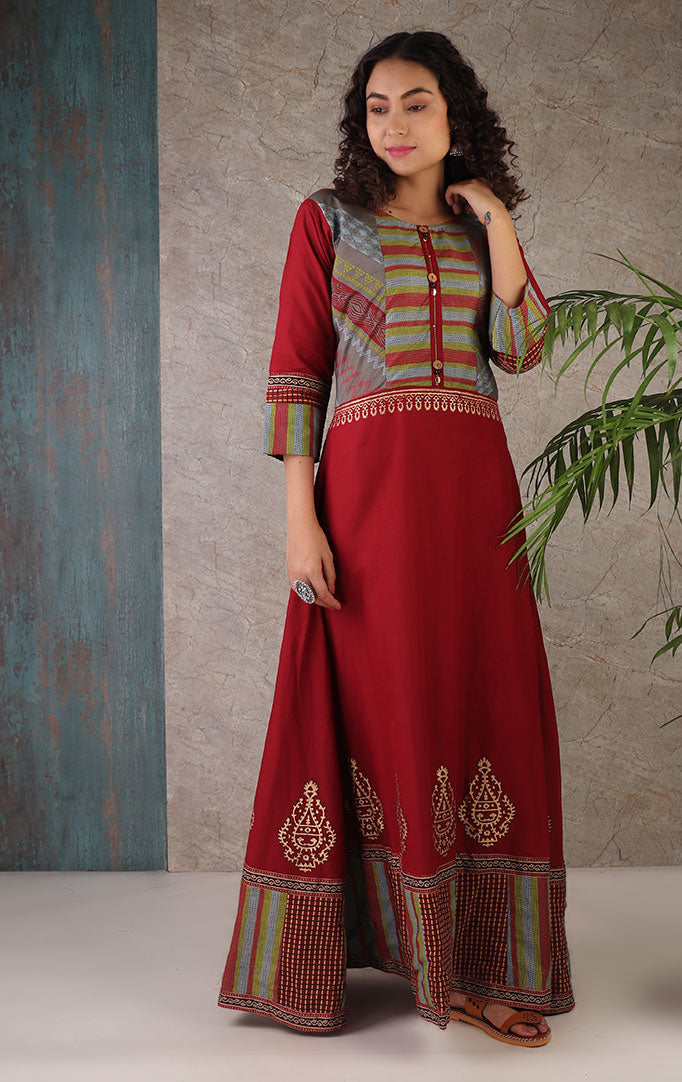 Easy-to-Love Maroon Dress With Dupatta