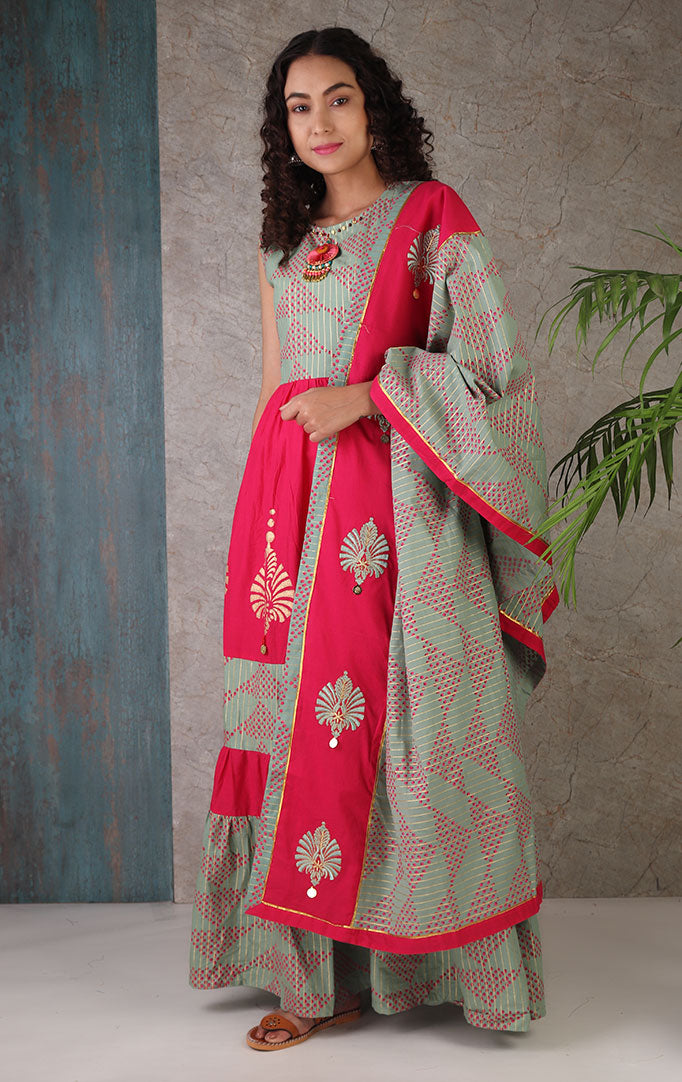 Love That Hoop Green and Pink Dress With Dupatta