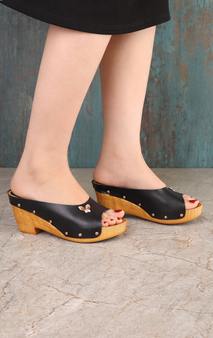 Black Wedges with Crystal Motif