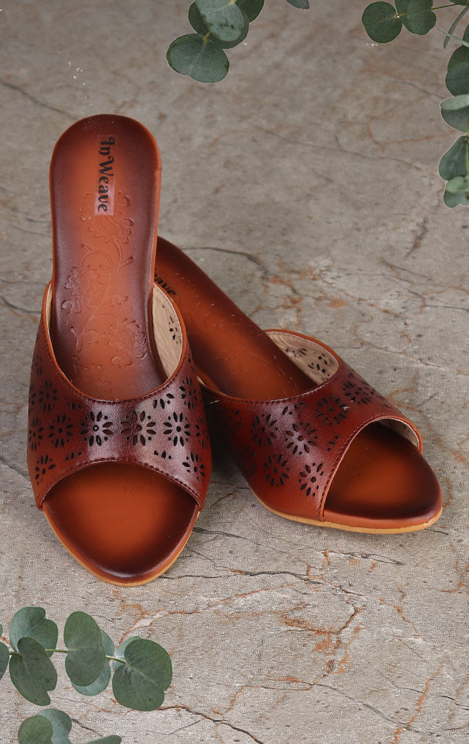 Brown slip-on Narrow Wedges