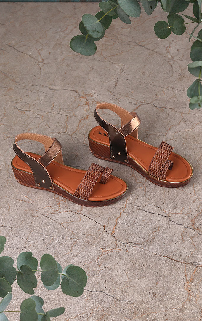 Copper-colored Weaved Sandals