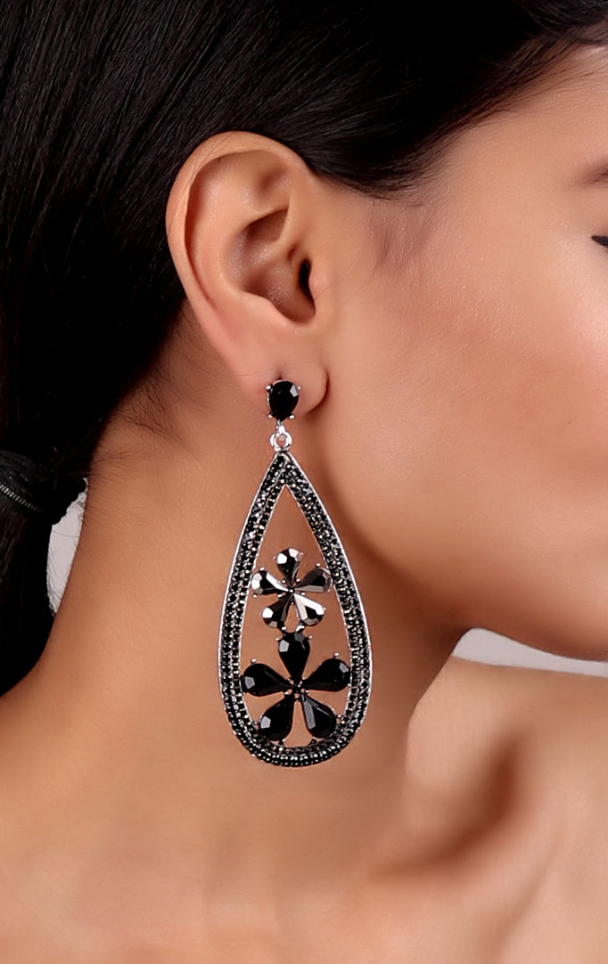 Drop-shaped Floral Motif Earrings