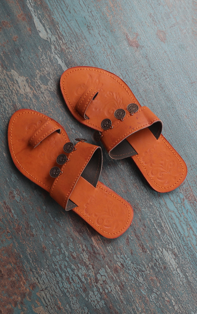 HANDMADE KOLHAPURI CHAPPALS WITH 25 COIN-DETAILING