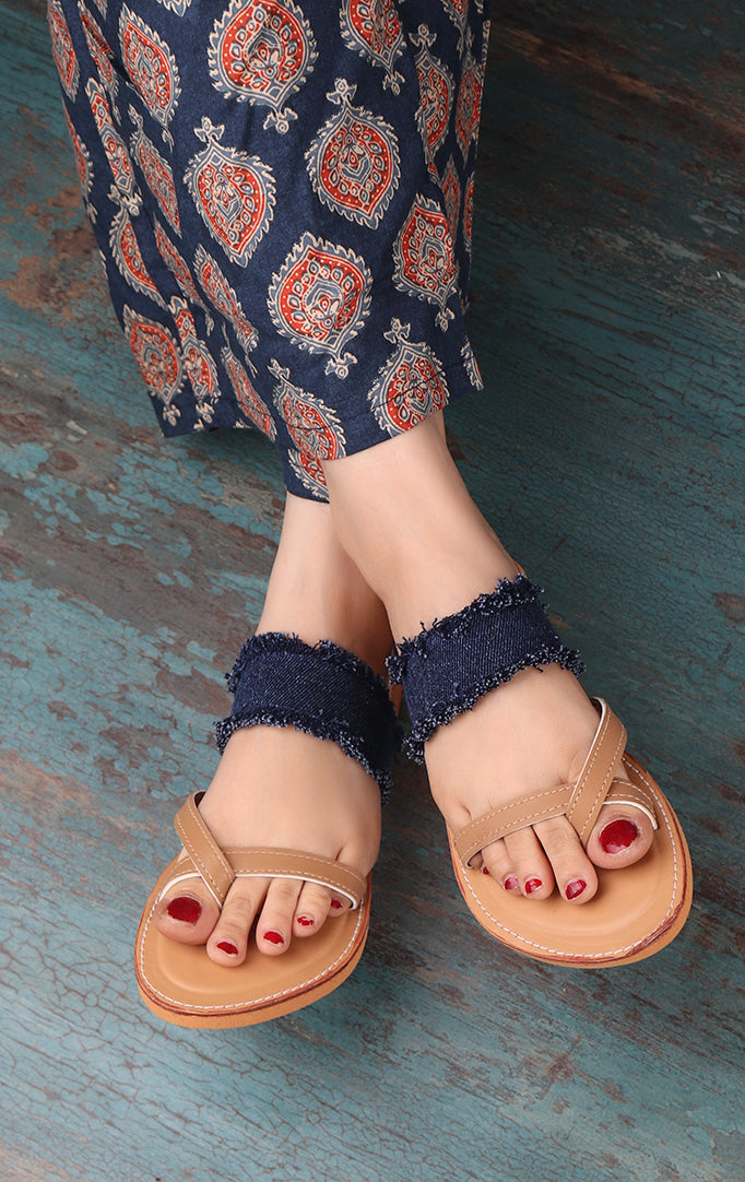 DISTRESSED DENIM FLATS