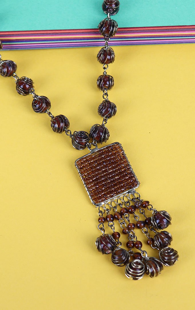 Shaded Beads Necklace Set in Brown