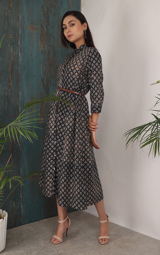 Elegant Printed  Groovy dress