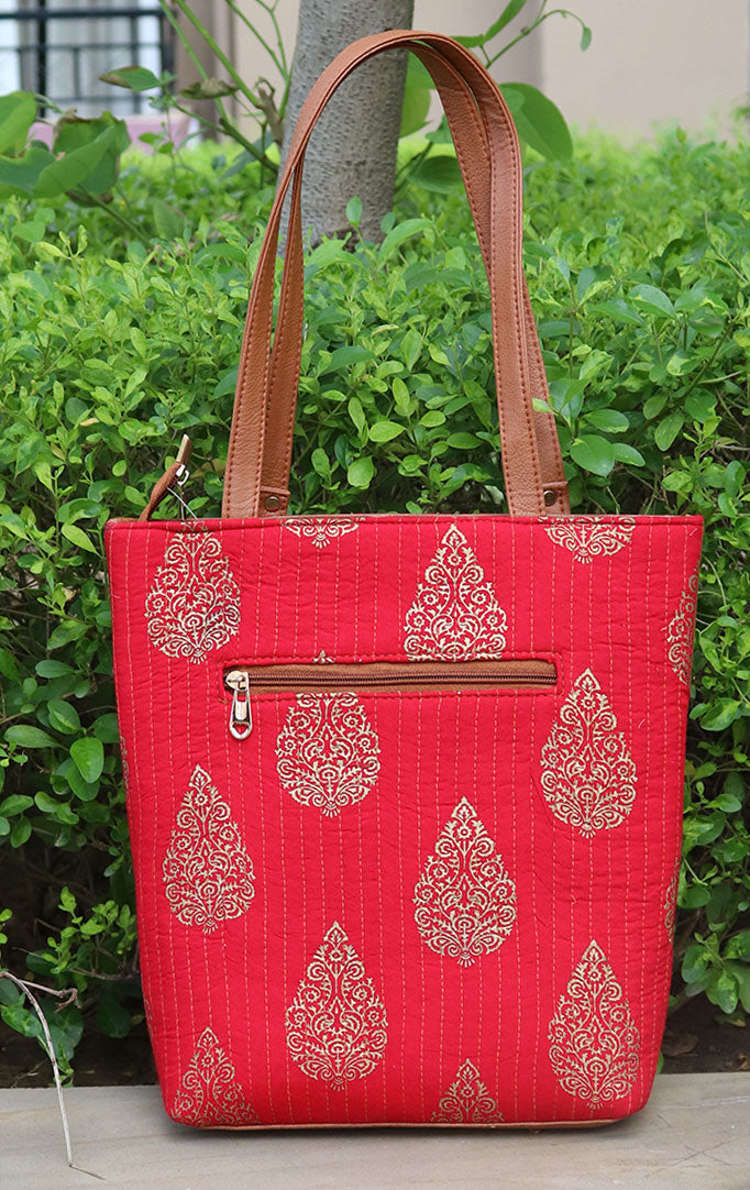 NONCHALANT ME RED TOTE BAG