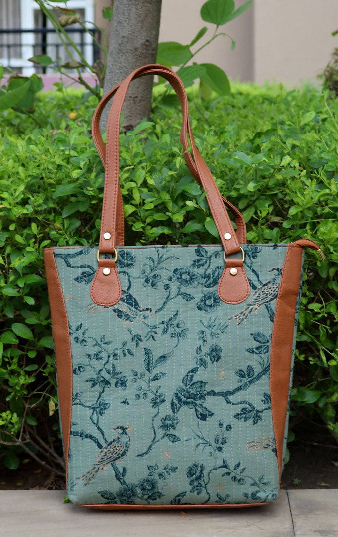 BIRDIES ON BRANCHES TOTEBAG