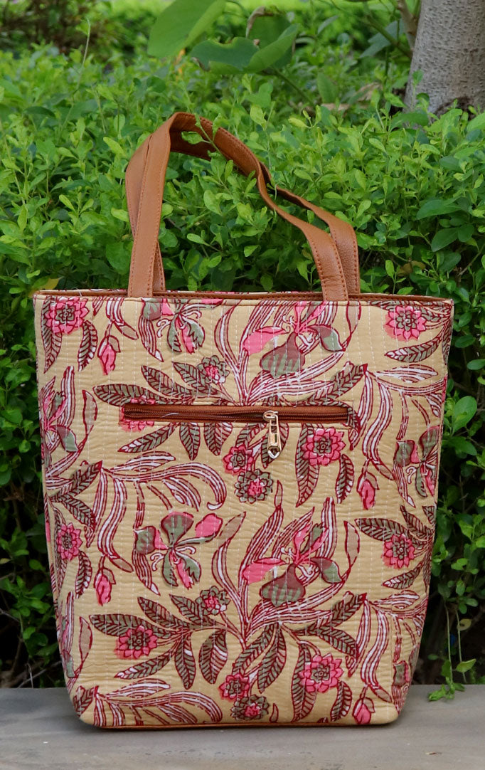 A BEAUTIFUL PAINTING TOTE BAG
