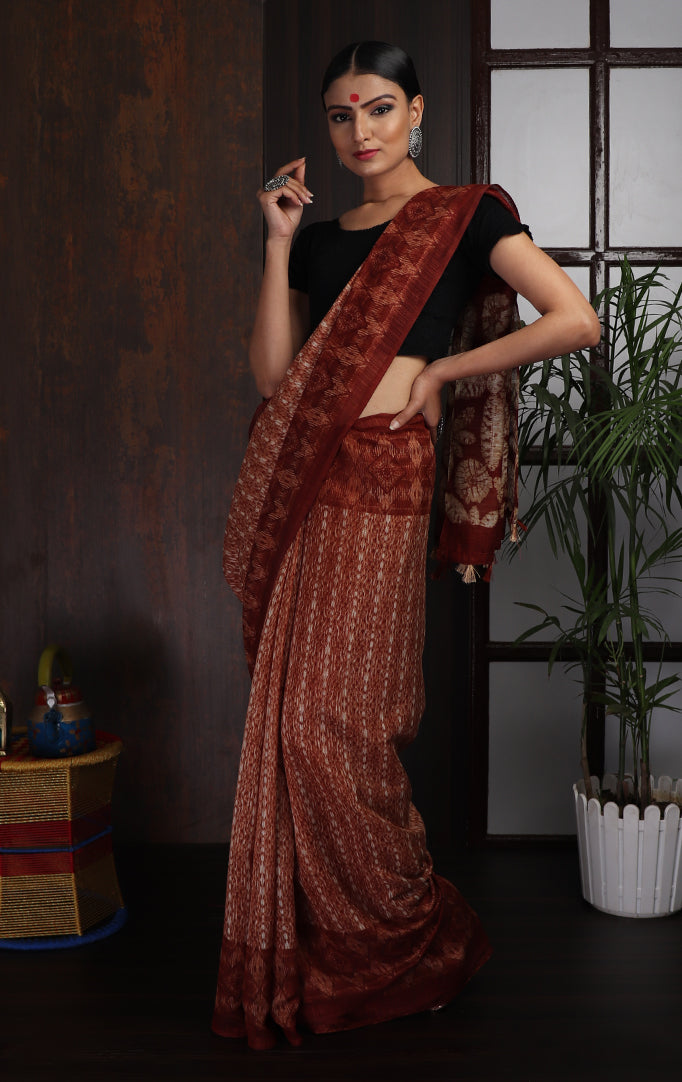Maroon White Textured Saree