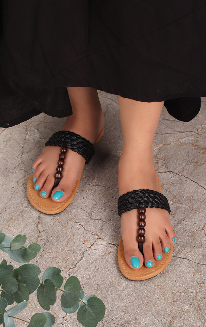 BRAIDED BEAUTY FLATS