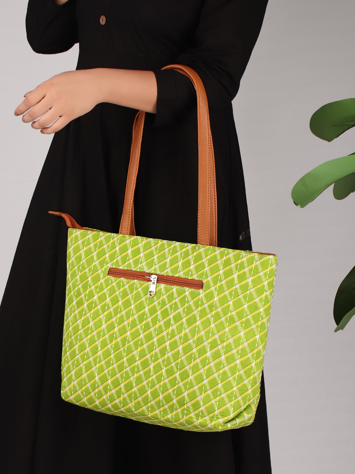 GO GREEN BLOCK PRINTED HANDBAG