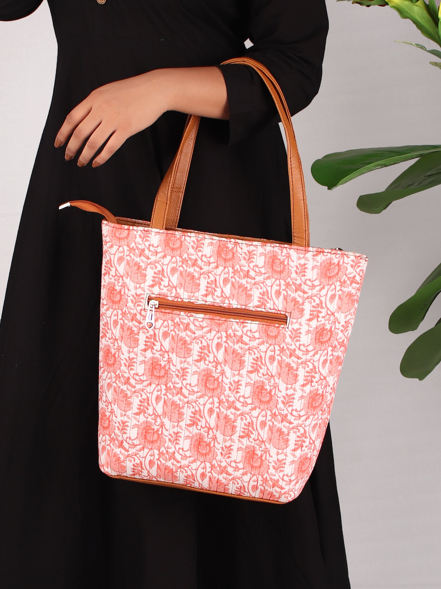 SPRING FLOWERS PRINT TOTE BAG