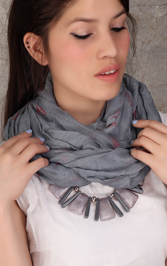Gray shaded necklace stole