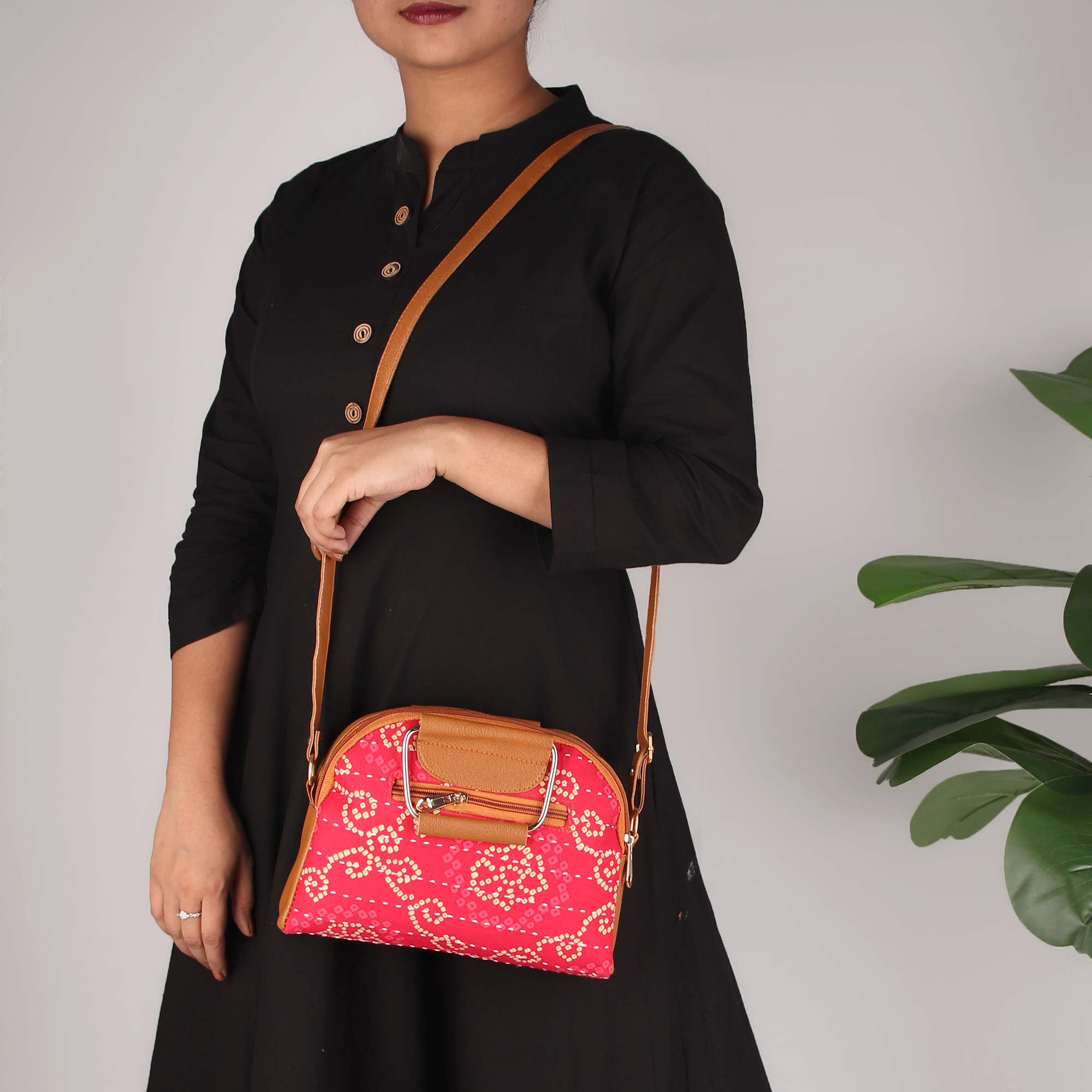RAJASTHAN MEMOIRS STATEMENT HANDBAG
