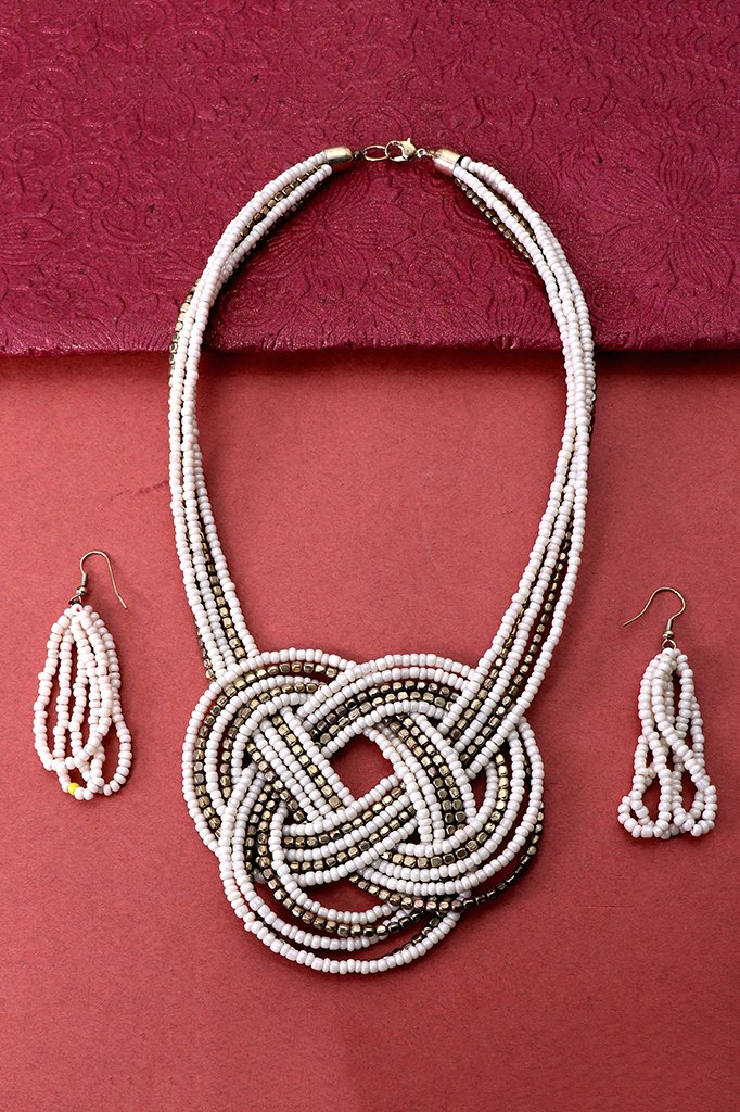 Bright White-Gold Beaded Necklace Set