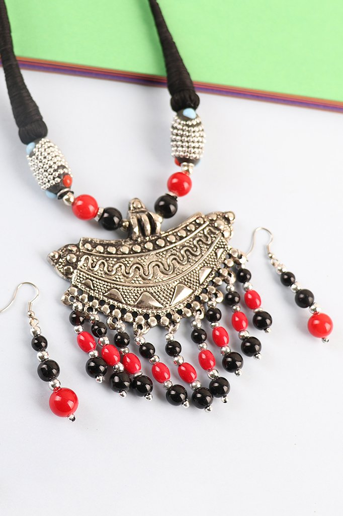 Oxidise Pendant Set with Red-Black Beads