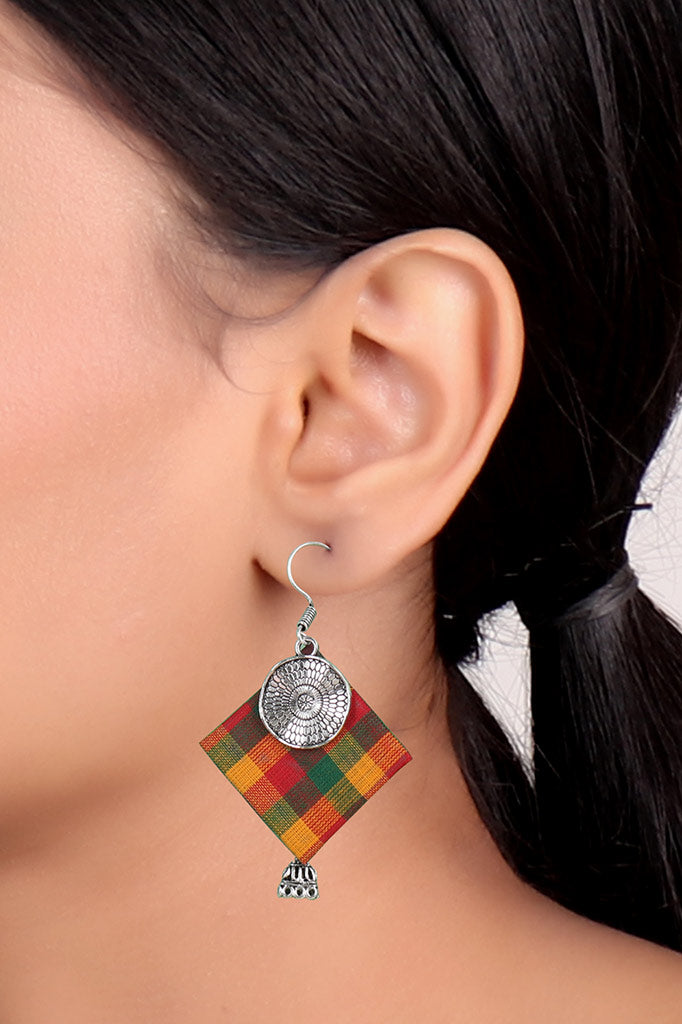 Checks-printed Oxidise Earrings
