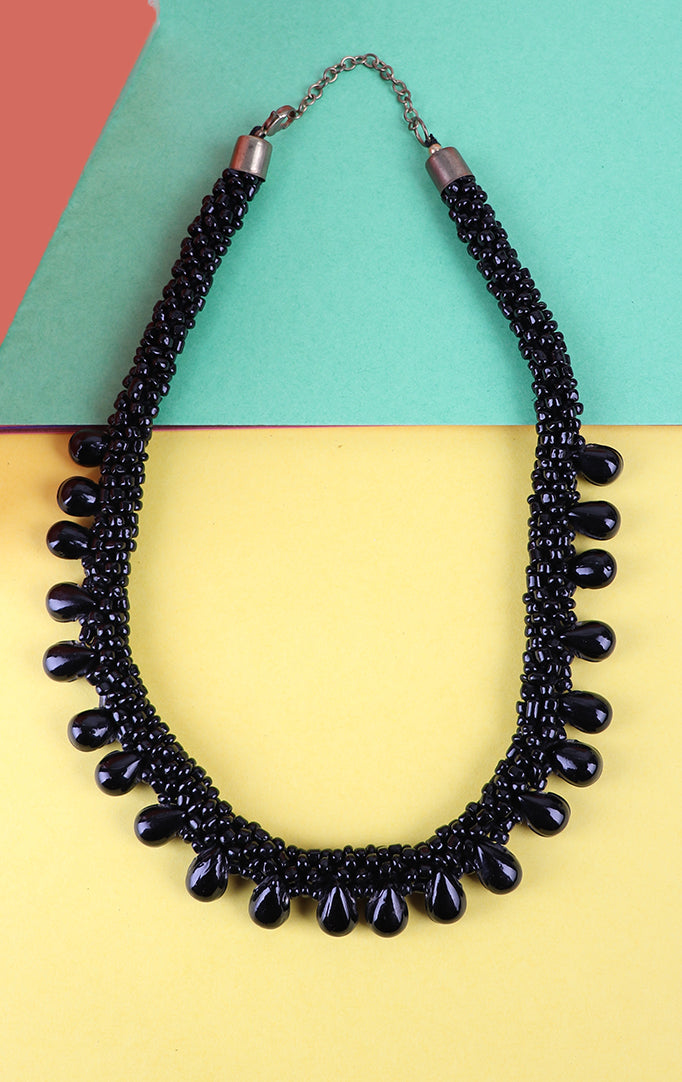 Coral Beaded Necklace in Black