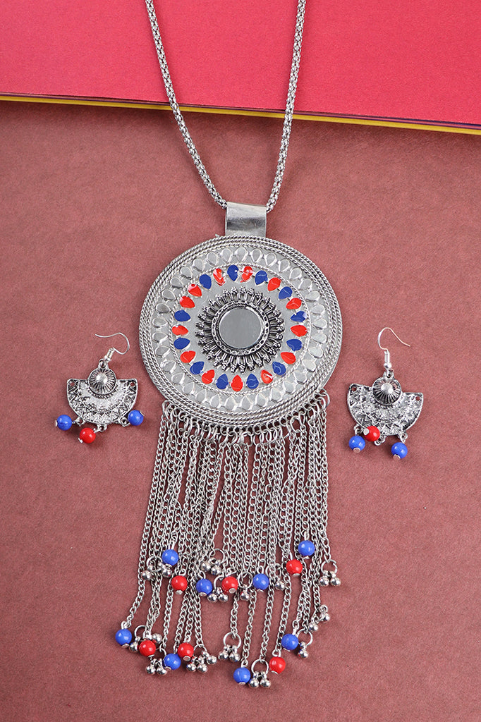 Statement Pendant Set