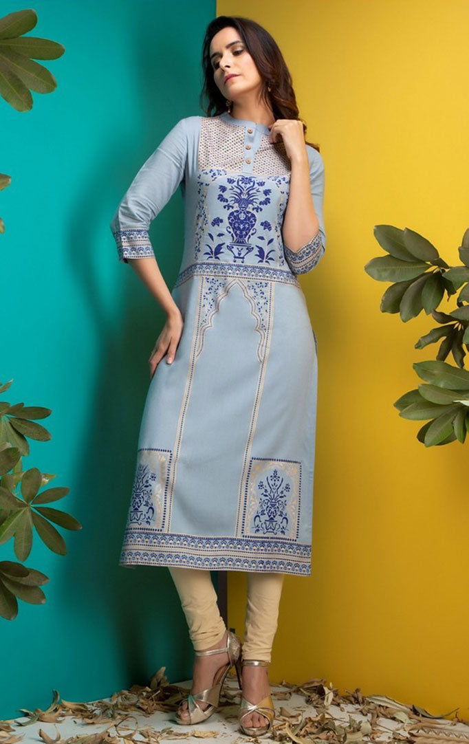 Mughal Inspired Grey Kurta With Three Quarter Sleeves