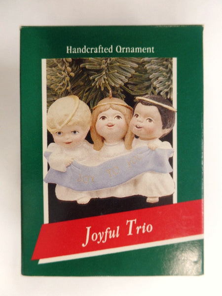 Hallmark Joyful Trio 3 Kids Singing Christmas Ornament Original Box
